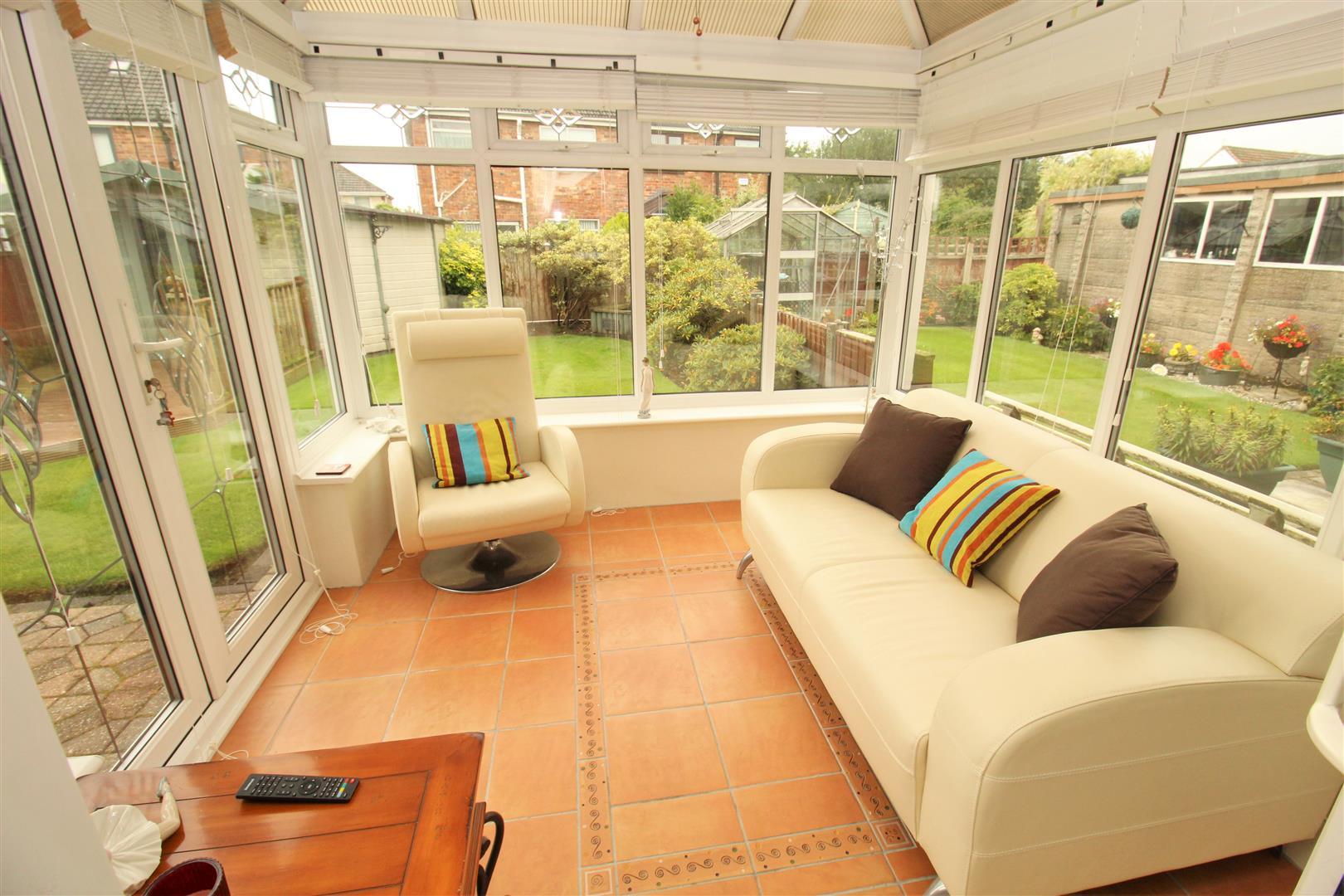 3 Bedrooms, House - Semi-Detached, Dunlop Drive, Melling, Liverpool